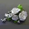 11940 G Цветы из мастики «Розы белые»